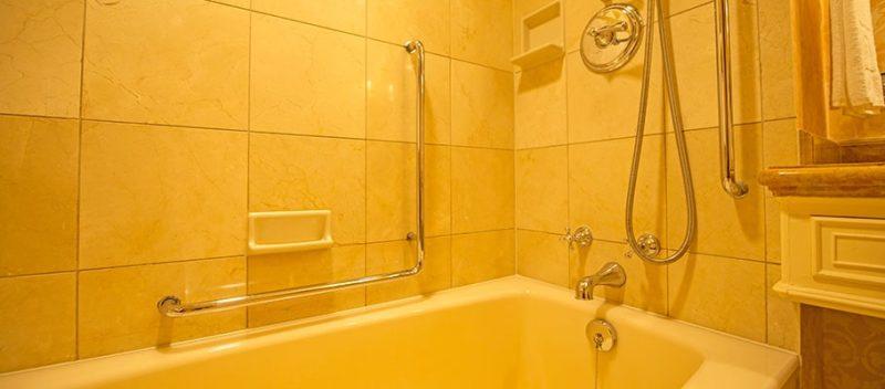 ミラコスタのバリアフリー対応客室の浴槽