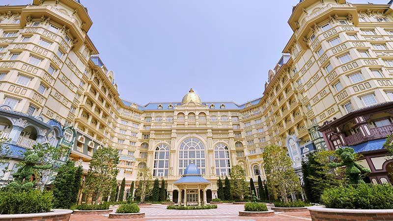 ディズニーランドホテルの外観